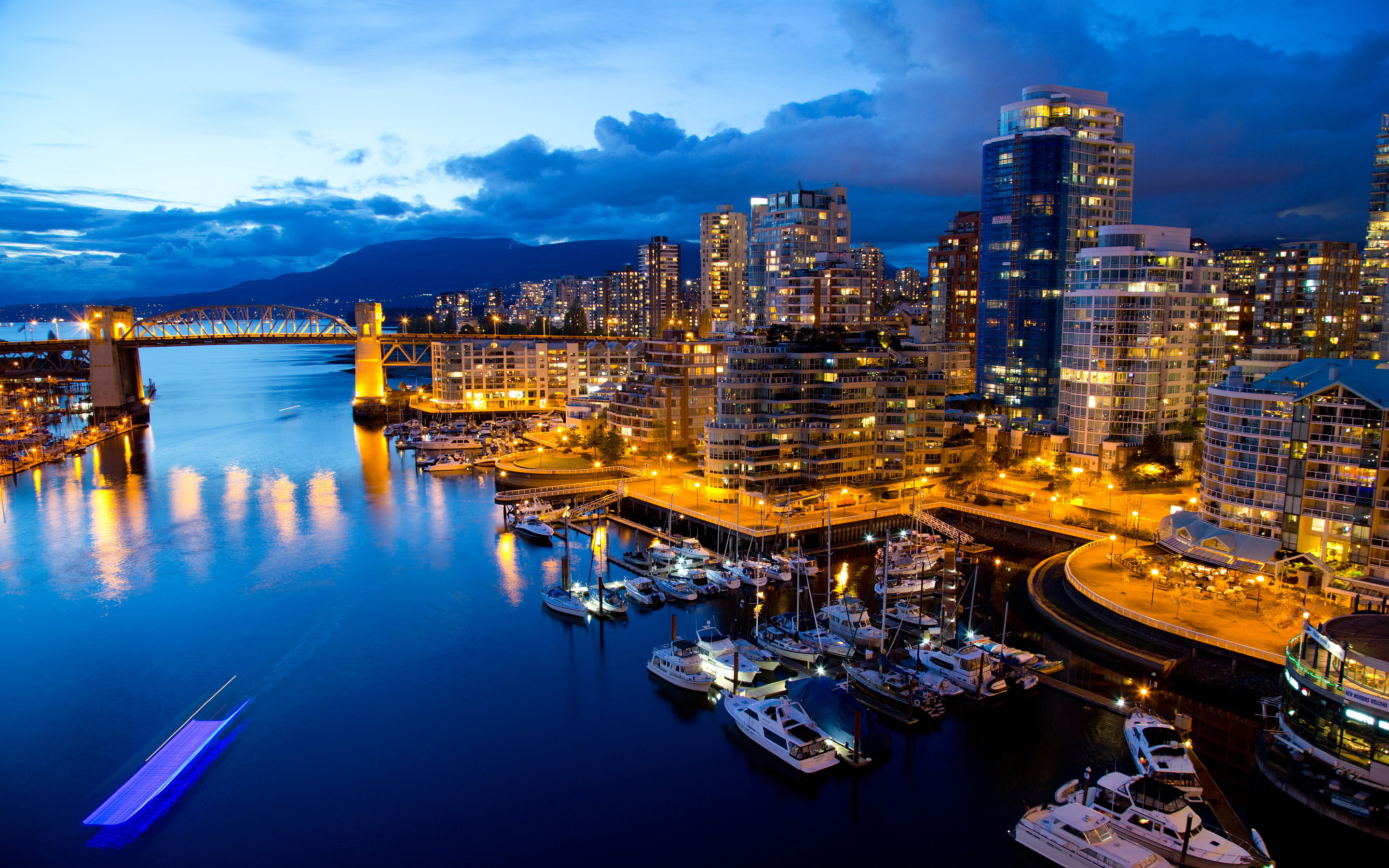 Vancouver-4k-Wallpapers-unabuenaidea.es (4)